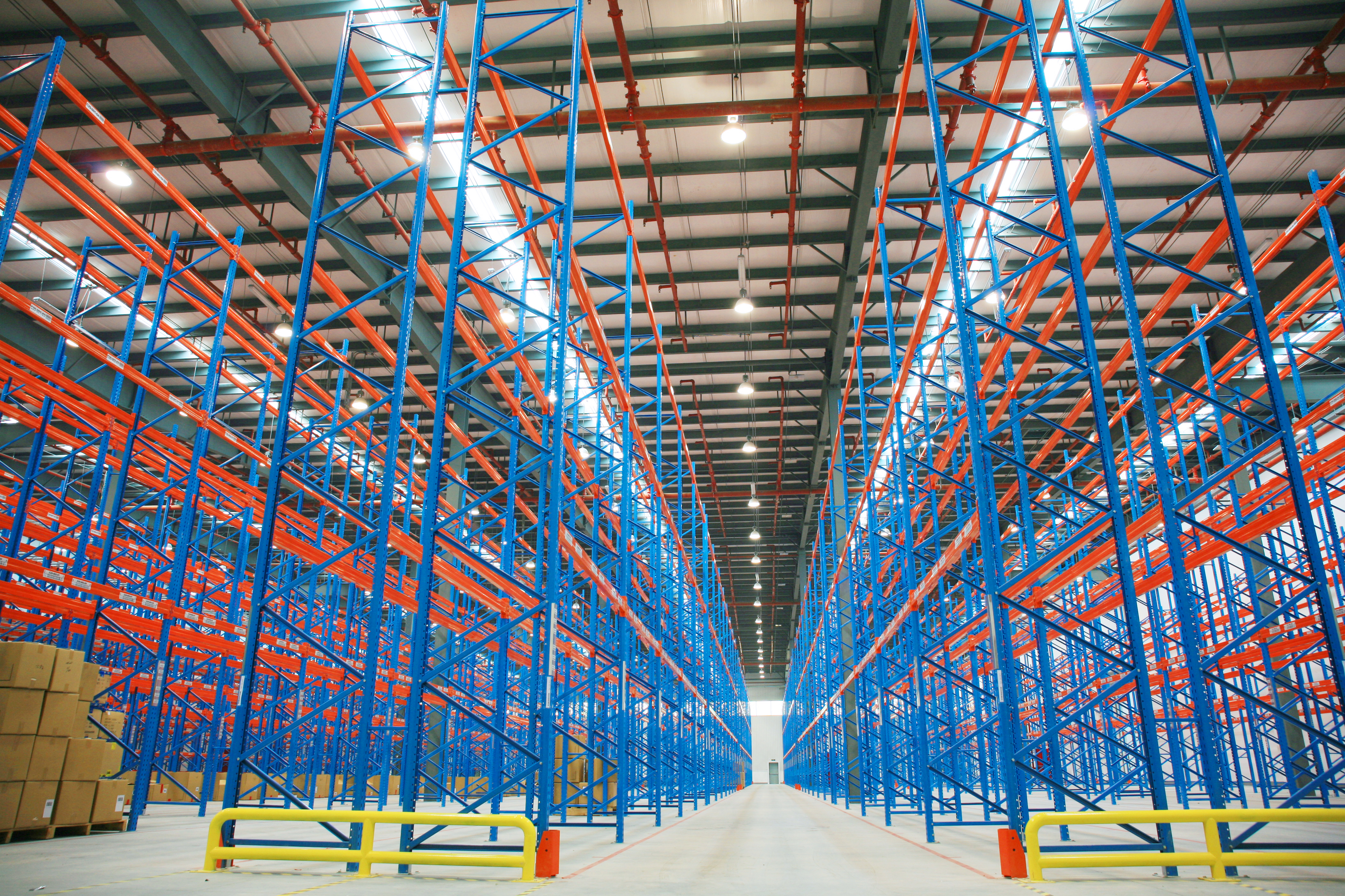 5 Factors to Consider Before Buying Warehouse Shelving