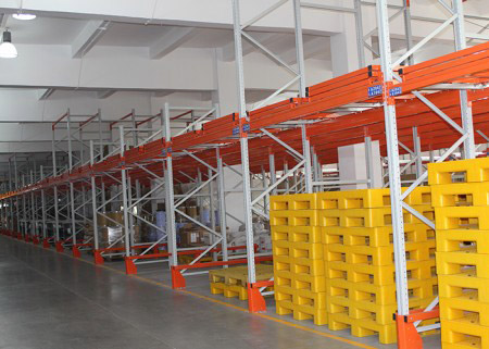 How does the warehouse racking system play its value of use?