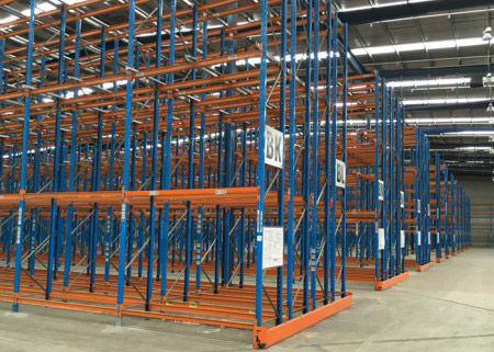 Is there the order when choosing shelves and forklifts?