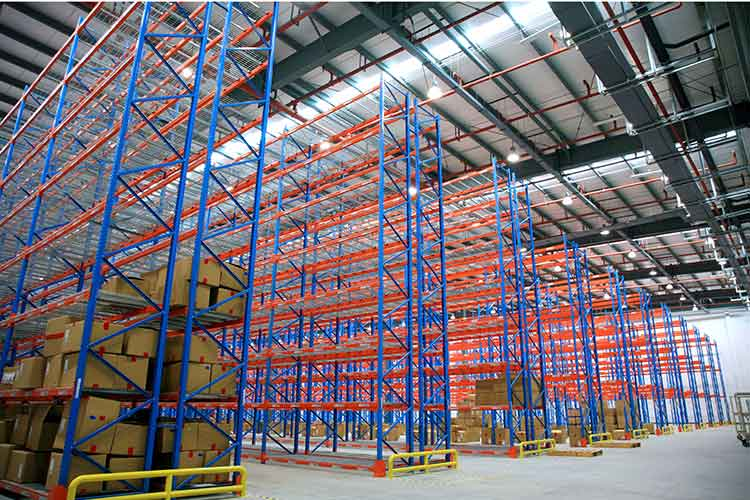 Do you know what layout principles warehouse designs and plans?