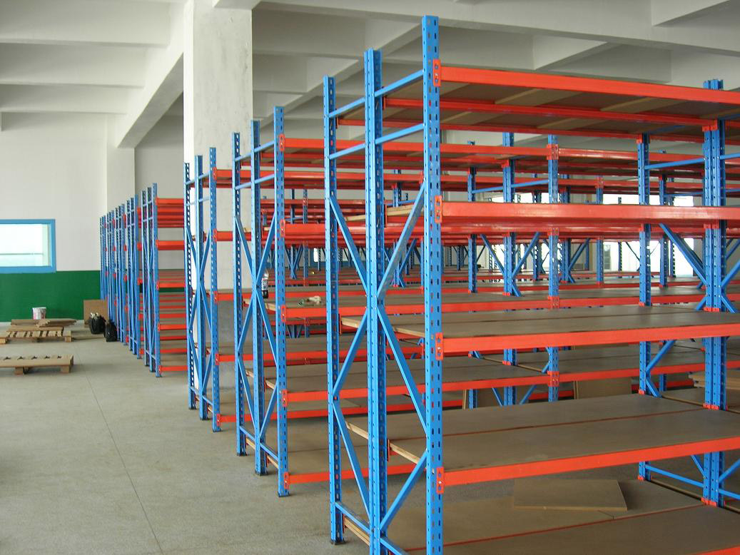 Longspan Shelving with wood board 2