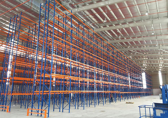 What Affect the Customized Dimension of Warehouse Storage Systems?