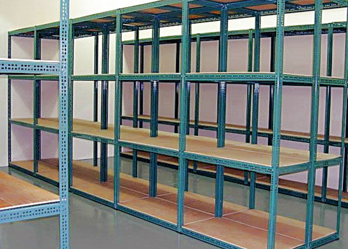 Customized slotted angle racks for warehouse storage
