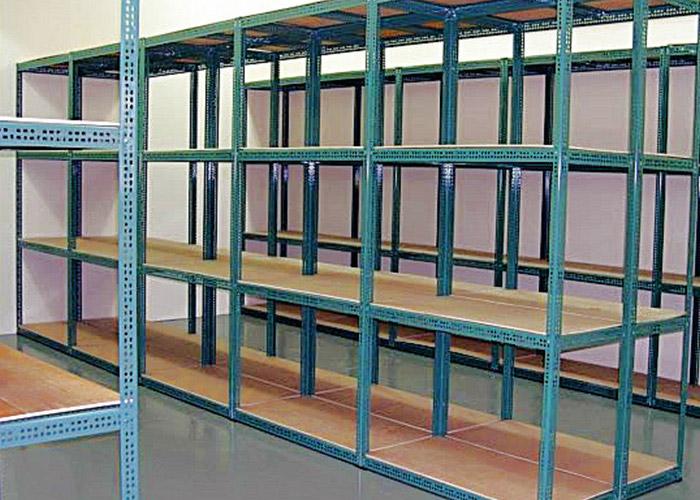 Customized slotted angle racks for warehouse storage
