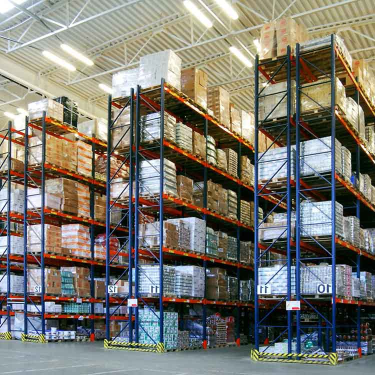 The Difference between Drive in Racking and Selective Pallet Racking