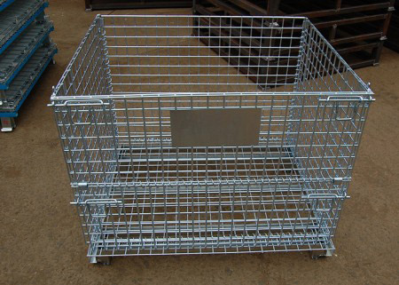 Stacking collapsible wire mesh container