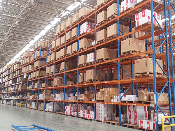 How to select the appropriate warehouse industrial storage racks