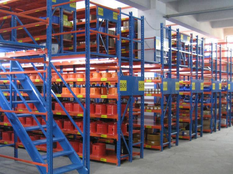 What are the benefits of warehouse mezzanine floors?