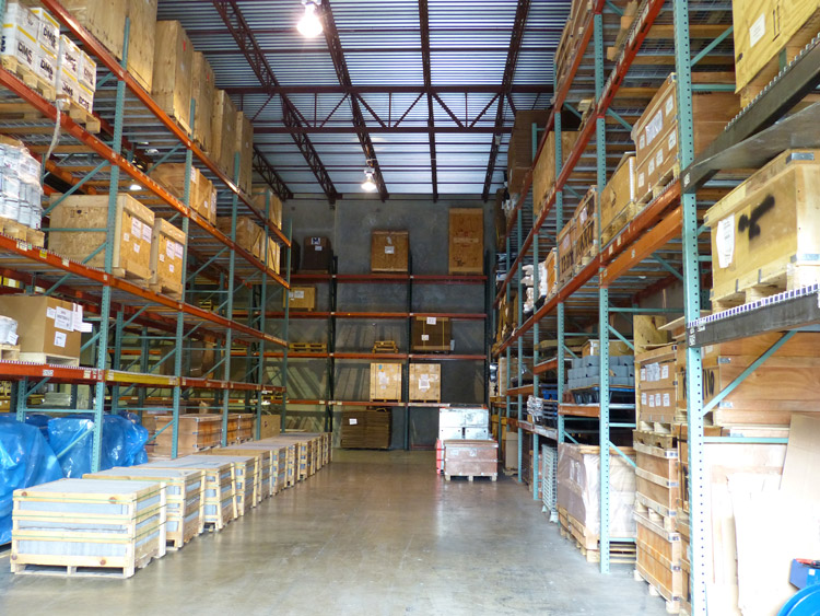What details should be paid attention to in the fire safety of industrial storage racks