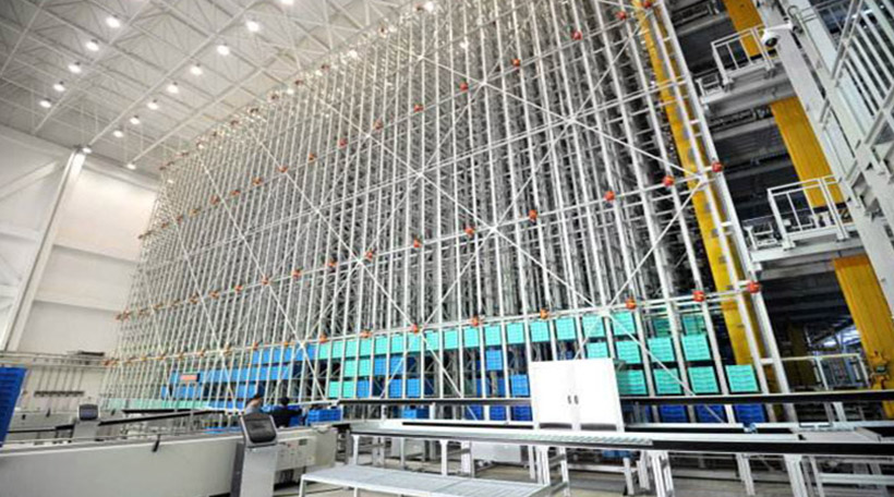 How Logistic Warehouse Center Survive from the Earthquake?