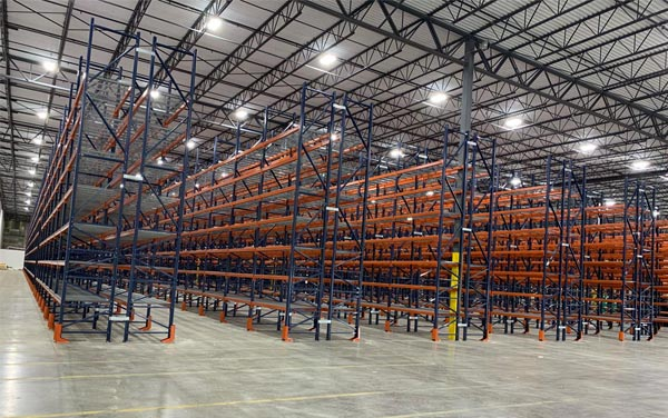 What is drive in pallet racking system
