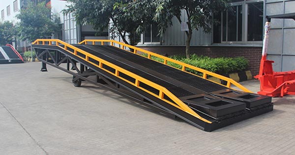 How to design the bearing capacity of hydraulic dock ramp?