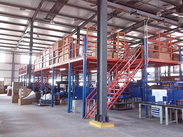What should be paid attention to when customizing mezzanine pallet racking
