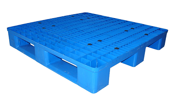 Advantages of nine foot plastic storage pallets