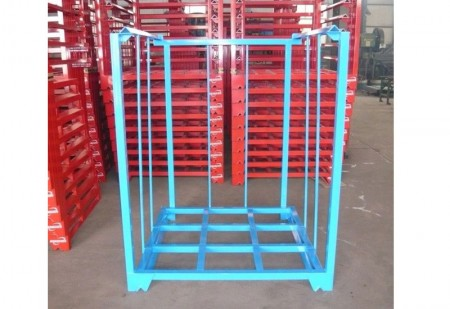 Portable metal stackableracks storage