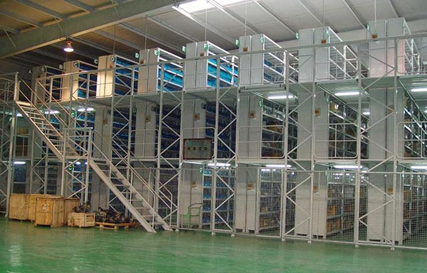 Performance and installation method of structural mezzanine floors
