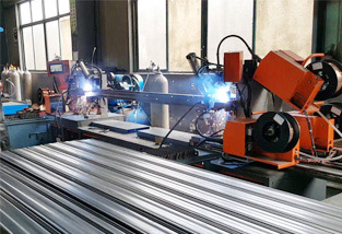 CO2 automatic welding line