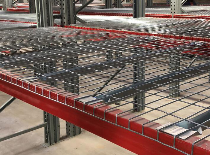 Steel wire mesh decking for pallet rack